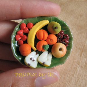 Miniature food fruit plate PetitPlat food art  Photo by Stephanie Kilgast on Flikr
