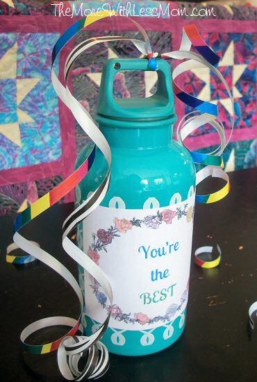 You're the best gratitude gift, water bottle with lemonade packets inside