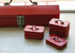Mini mint tin toolboxes from Make Magazine