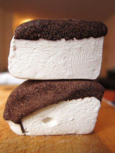 Chocolate Covered Marshmallows Photo by jasonlam on flikr